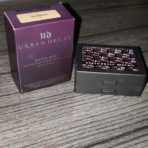 URBAN DECAY BROW BOX